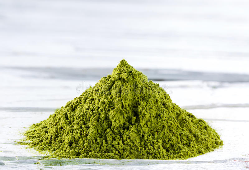 Grünes matcha Teepulver stockfotos