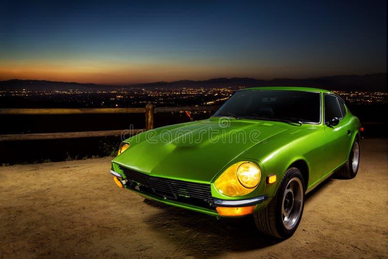 Grünes Sportauto der Weinlese lizenzfreies stockfoto