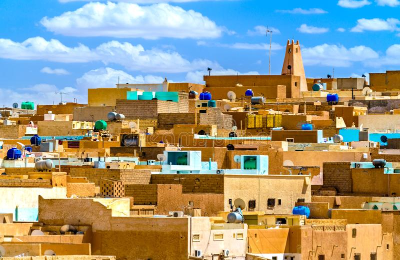 Gr Atteuf, een oude stad in de Vallei van M ` Zab in Algerije stock afbeelding