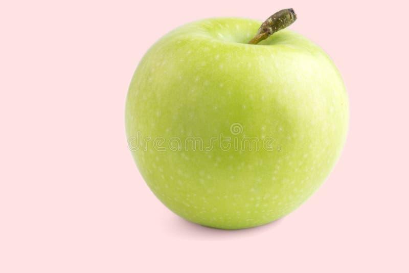 Gr?ner Apfel getrennt auf wei?em Hintergrund stockfotos