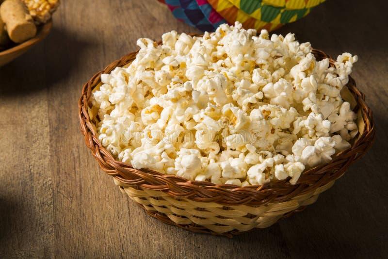 Graan Curau - typisch voedsel van smakelijk en goedkope zoete maïs - stock foto
