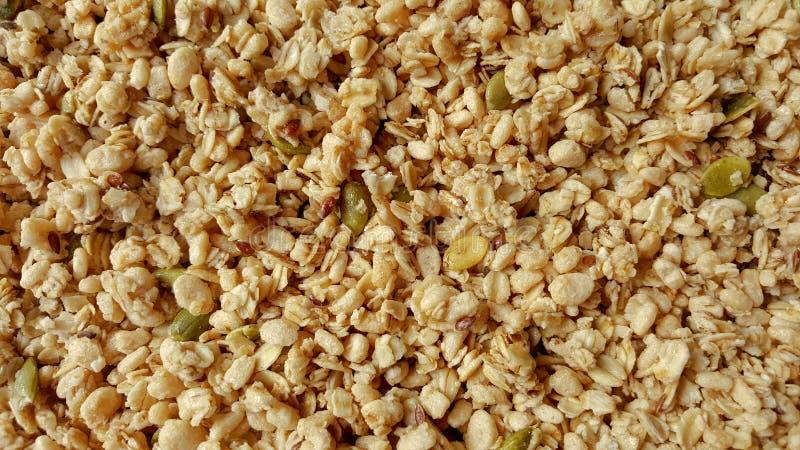 Graangewas en gepufte ongepelde rijst stock foto's