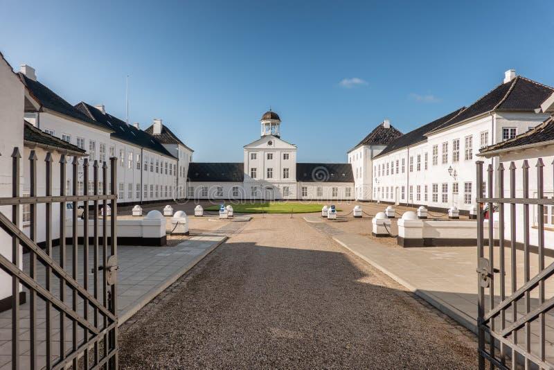 Graasten城堡皇家丹麦家庭的夏天住所,小室 免版税图库摄影