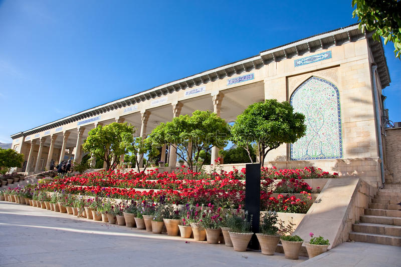 Grab Aramgah-e Hafez in Shiraz stockbild