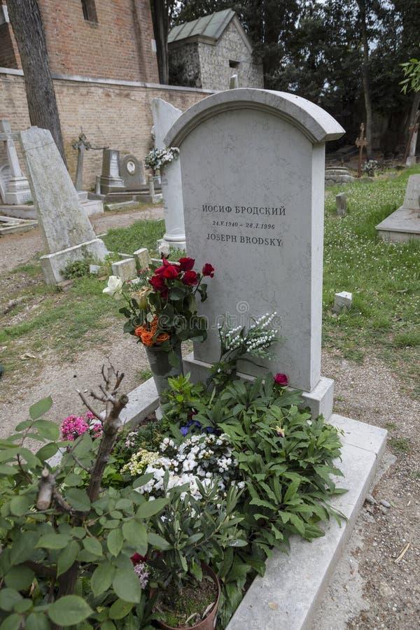 Grab des berühmten russischen Dichters Joseph Brodsky am Kirchhof von San Michele in Venedig stockbilder