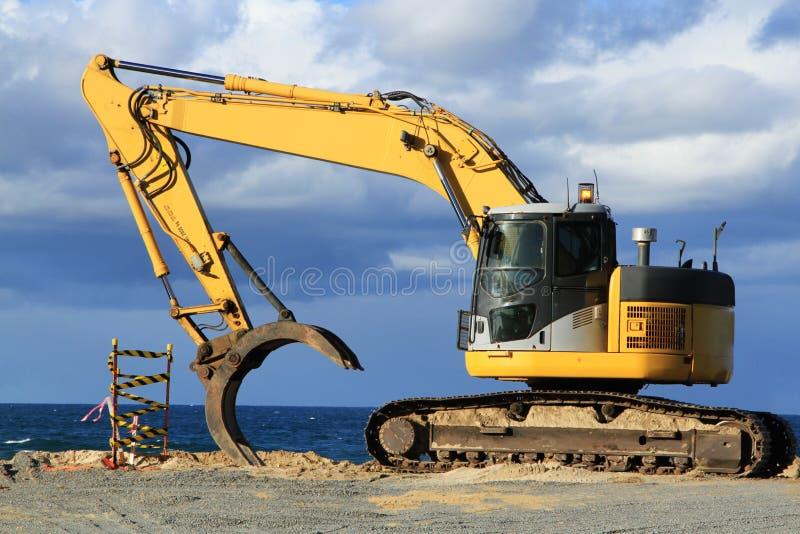 Download Grab Excavator. Boulder Wall Construction. Stock Image - Image: 31469895