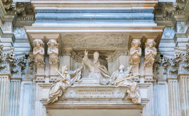 Grab von Innozenz X. durch Maini in der Kirche von Sant-` Agnese in Agone in Rom, Italien stockfoto