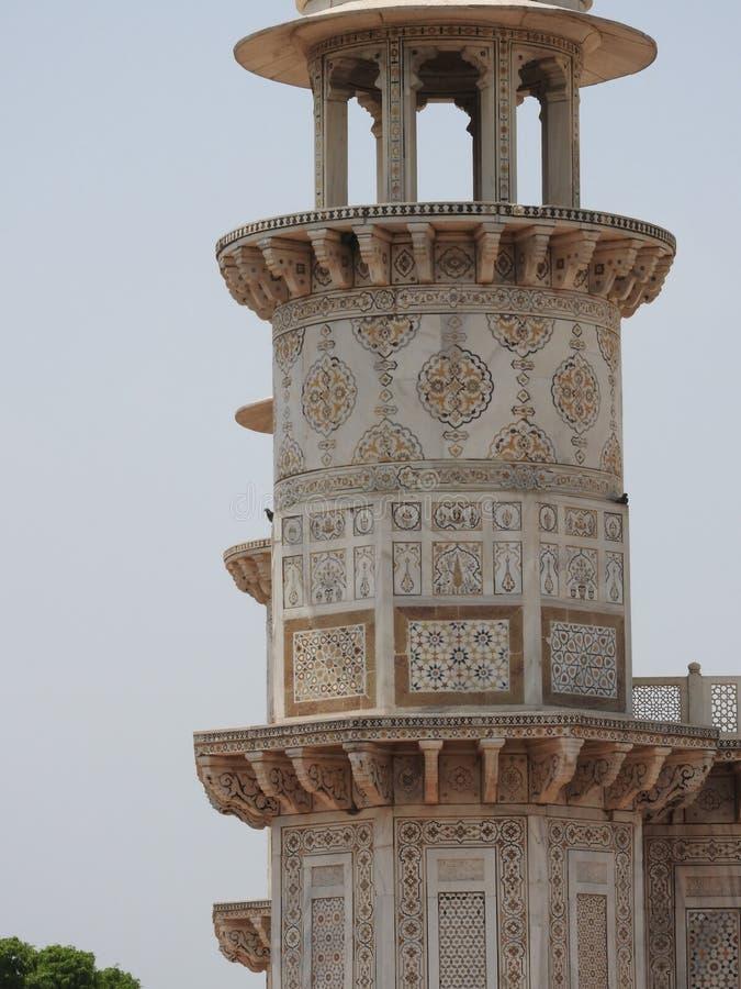 Grab von Itimad-ud-Daul, die Details nahe kleinem Taj Mahal, Agra, Indien stockbild