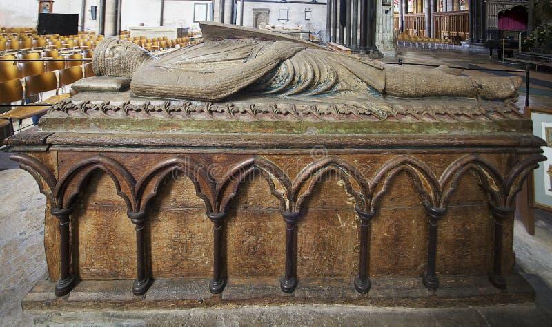 Grab von William Longspee in Salisbury-Kathedrale stockbilder