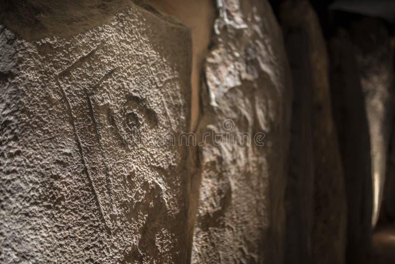Grabados de Dolmen de Soto, brazo-formados, Huelva, España imágenes de archivo libres de regalías
