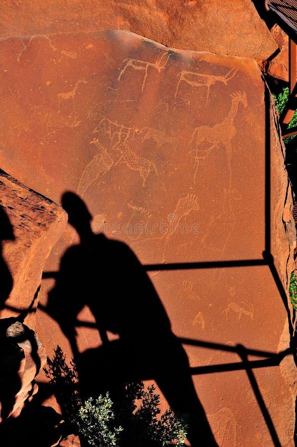 Grabados en Twyfelfontein, Namibia de la roca fotos de archivo libres de regalías