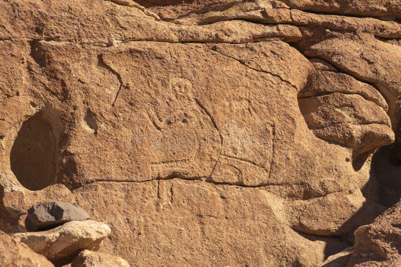 Grabados prehistóricos de la cueva cerca de San Pedro De Atacama, Chile fotografía de archivo