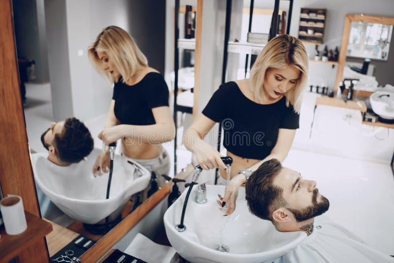 Grabb i barbercosna royaltyfria foton