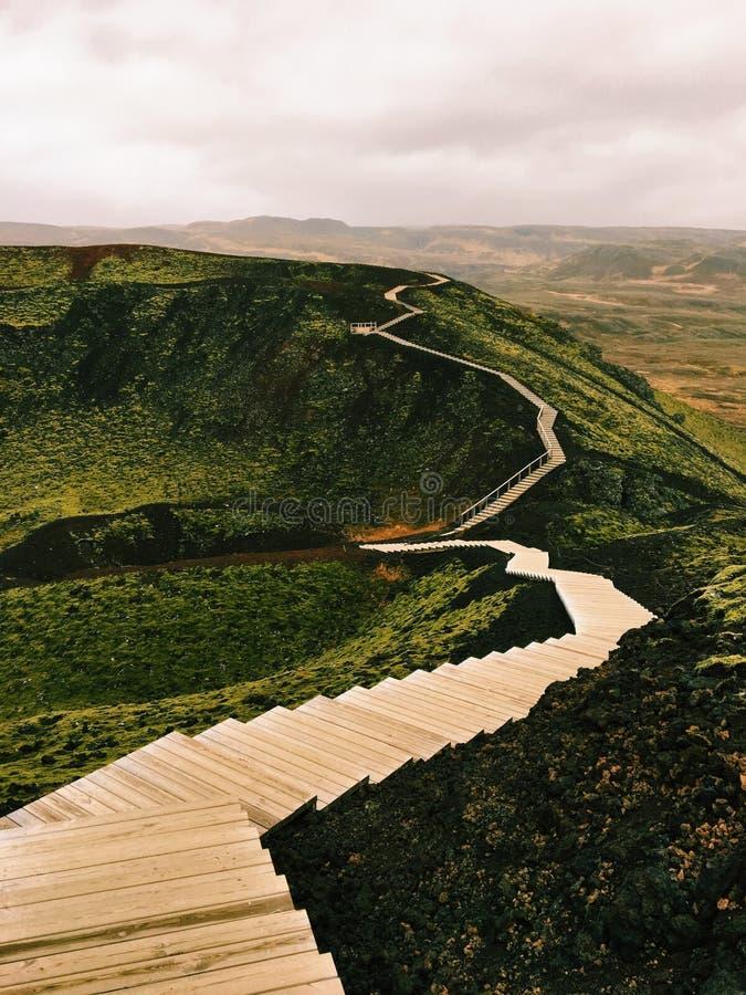 Grabrok krater, Island royaltyfri bild