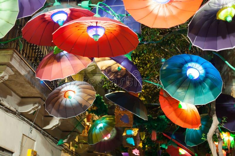 Gracia Festival i natt i Barcelona arkivfoto