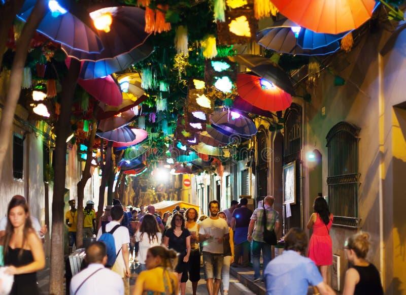 Gracia Street Festival in nacht royalty-vrije stock foto's