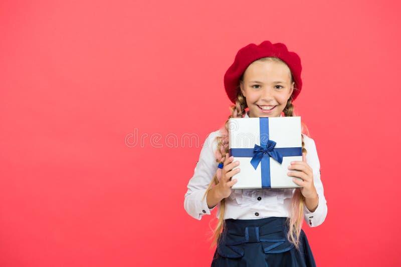 Gracias tanto Concepto del feliz cumpleaños de la lista de objetivos del cumpleaños Caja de regalo de cumpleaños del control del  imagenes de archivo