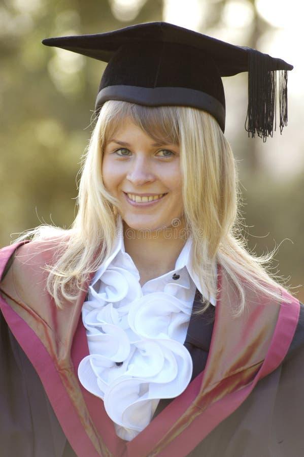 Gradúe en el casquillo y el vestido, Instituto de Tecnología de Wessex, Ashurs fotografía de archivo