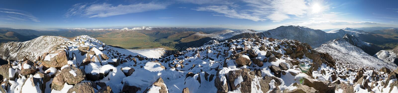 360 Grad-Berg Birstadt-Gipfel-Panorama stockfotos