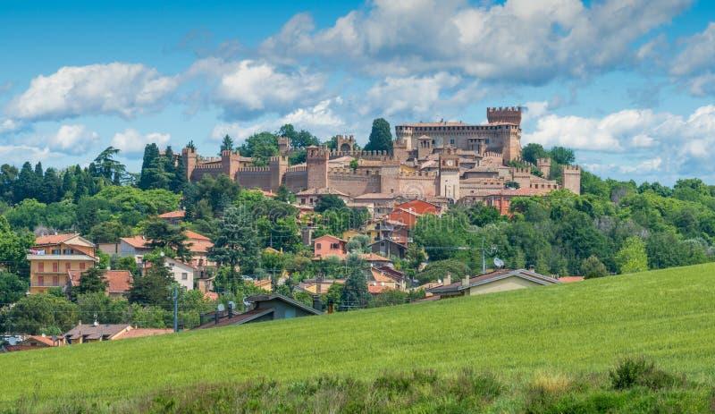 Gradara, cidade pequena na província de Pesaro Urbino, na região de Marche de Itália imagem de stock royalty free