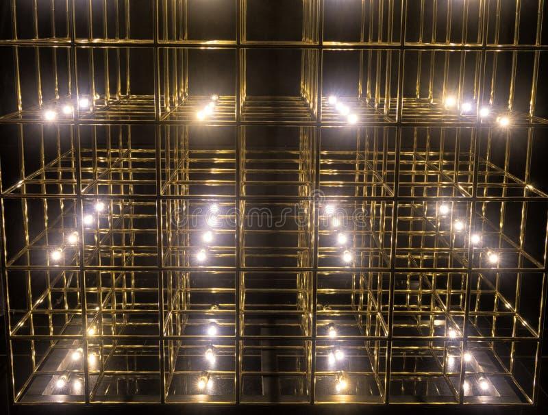 Grade do ouro em um fundo preto fotografia de stock royalty free