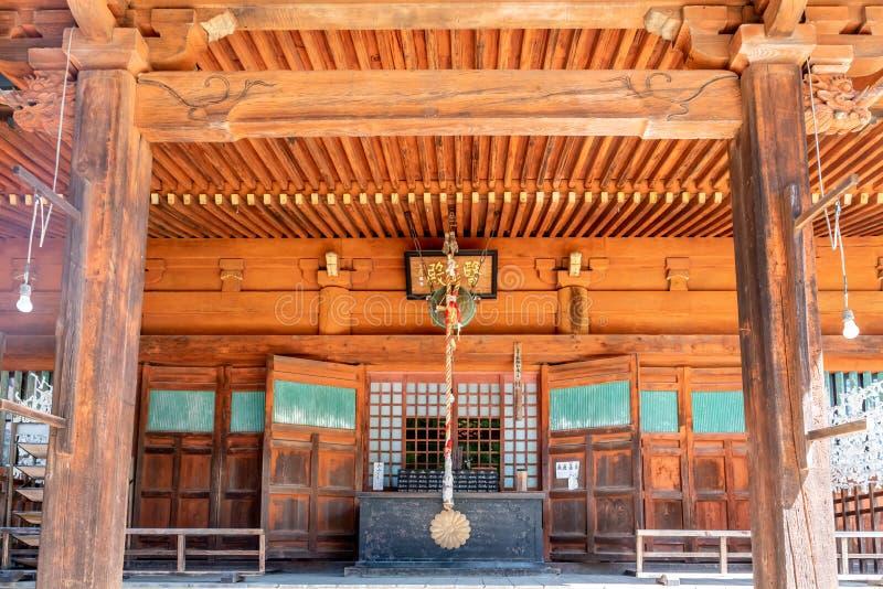 Gradino della porta giapponese del tempio fotografia stock