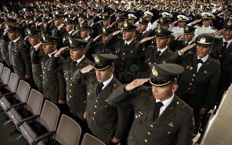 Graduación de la LXXXVIII promoción de Escuela Militar royaltyfria bilder