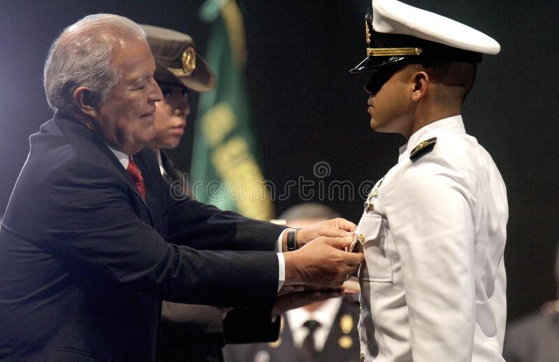 Graduación De La Lxxxviii Promoción De Escuela Militar Free Public Domain Cc0 Image