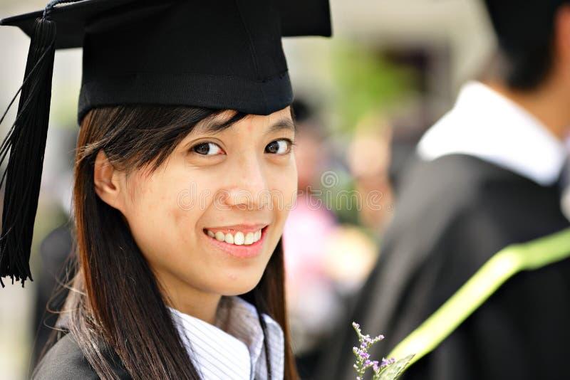 Graduación de la muchacha fotografía de archivo