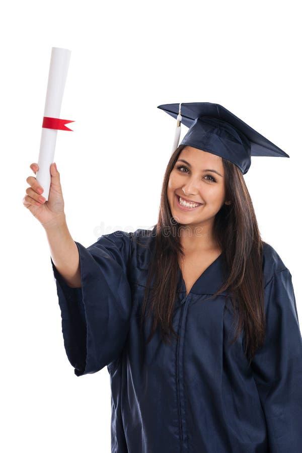 Graduado de universidad con el diploma imagen de archivo libre de regalías