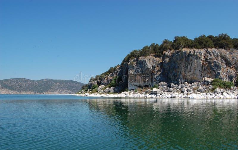 Graduado do Golem da ilha no grande lago Prespa, Macedônia foto de stock royalty free