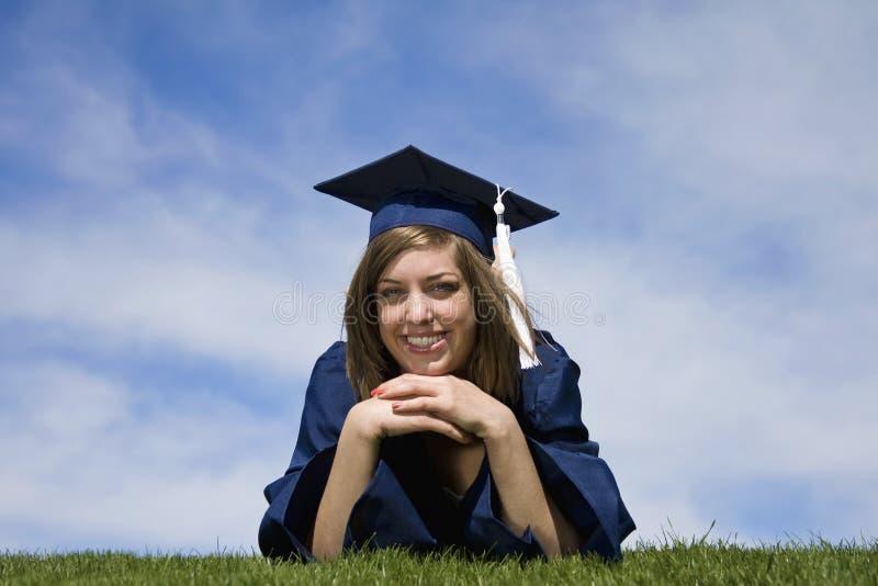 Graduado sonriente fotos de archivo