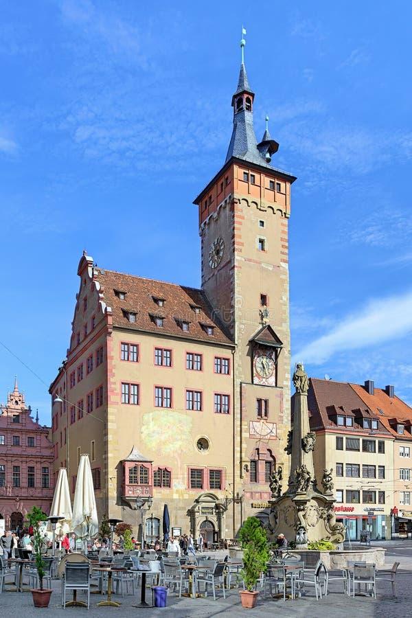 Grafeneckart - самая старая часть здание муниципалитета в Wurzburg, Германии стоковые изображения rf