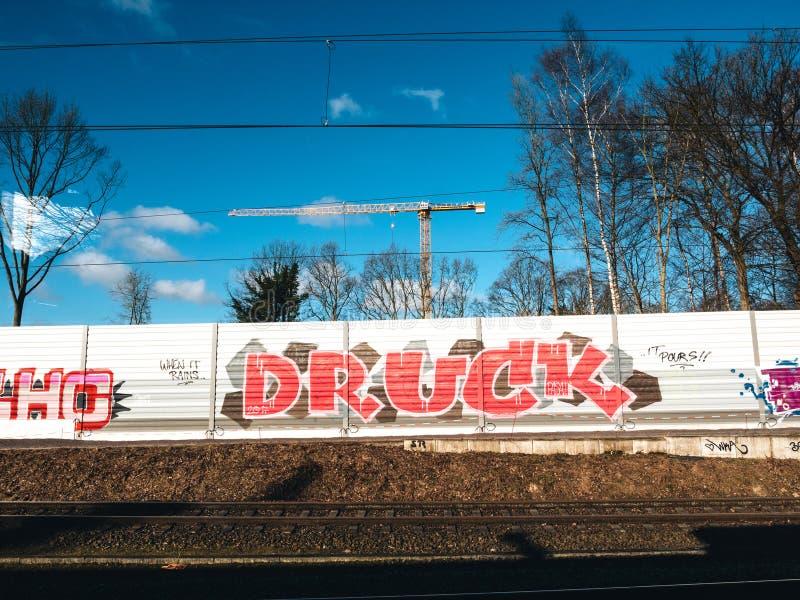 Graffiti auf der Wand in Hamburg lizenzfreie stockfotos