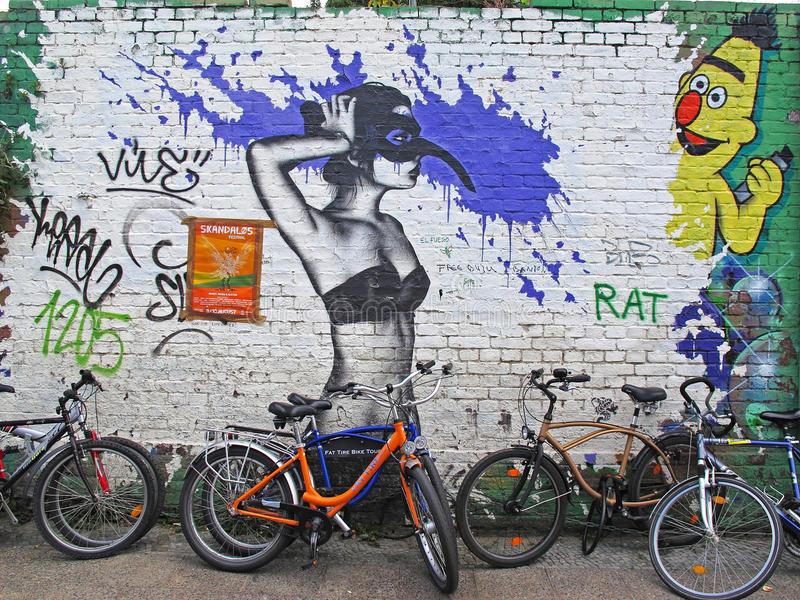 Graffiti a Berlino fotografie stock