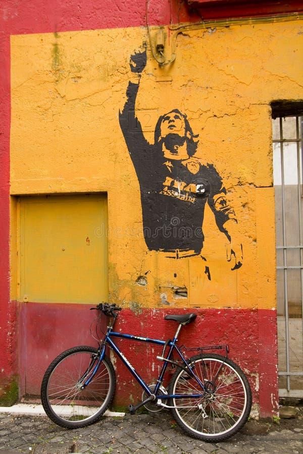 Graffiti in der Ehre Lionel Messi, durch Banksy lizenzfreie stockfotografie