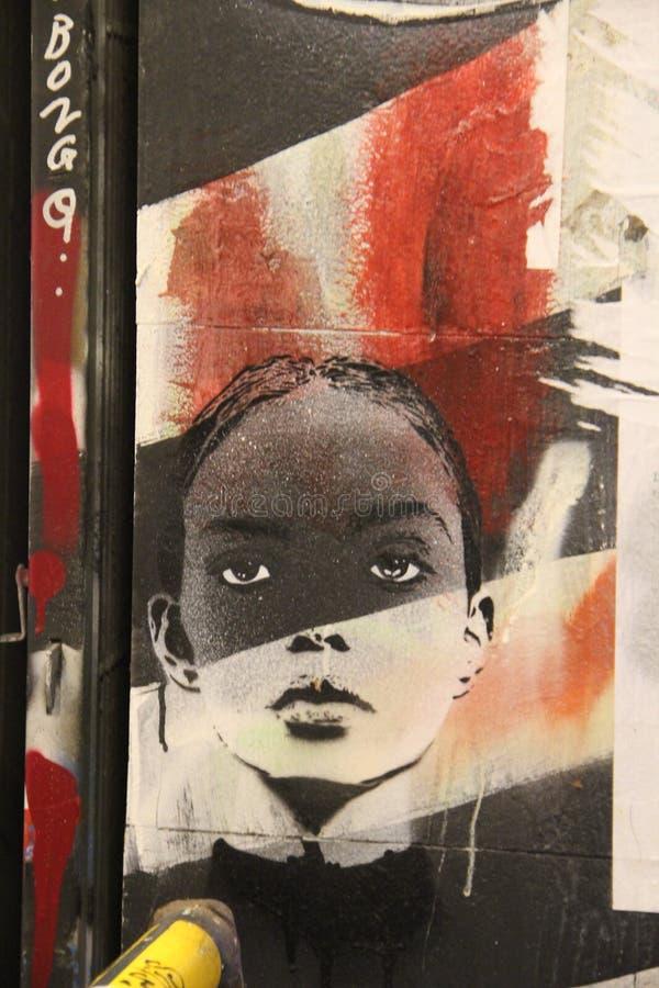 Graffiti in einer Unterführung stockbild