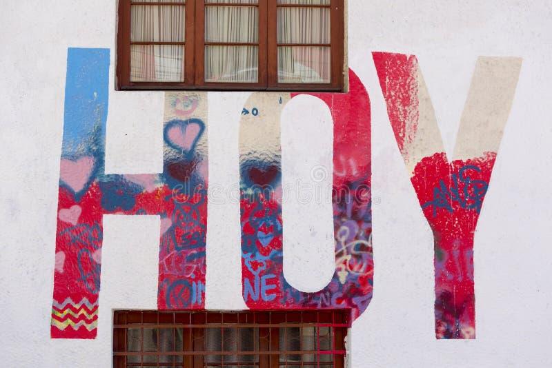 Graffiti i ulicy sztuka w losie angeles Paz z roczników drewnianymi okno obraz royalty free