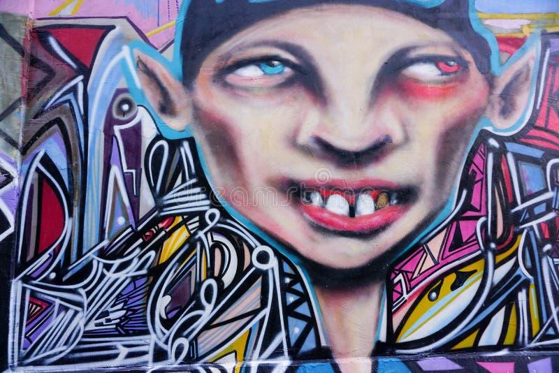 Graffiti na ścianach w alleyway ilustracji