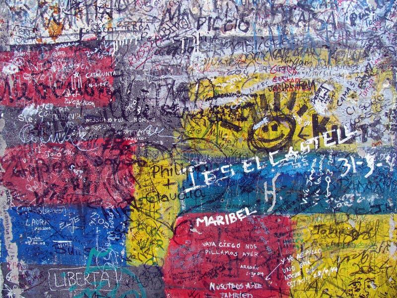 Graffiti Op De Oude Muur Van Berlijn Royalty-vrije Stock Foto