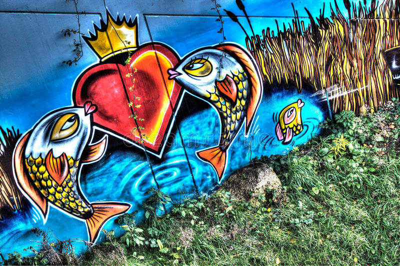 Graffiti-städtische Straße Art Fish stockbilder
