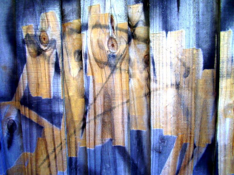 Graffiti sur le bois photographie stock libre de droits
