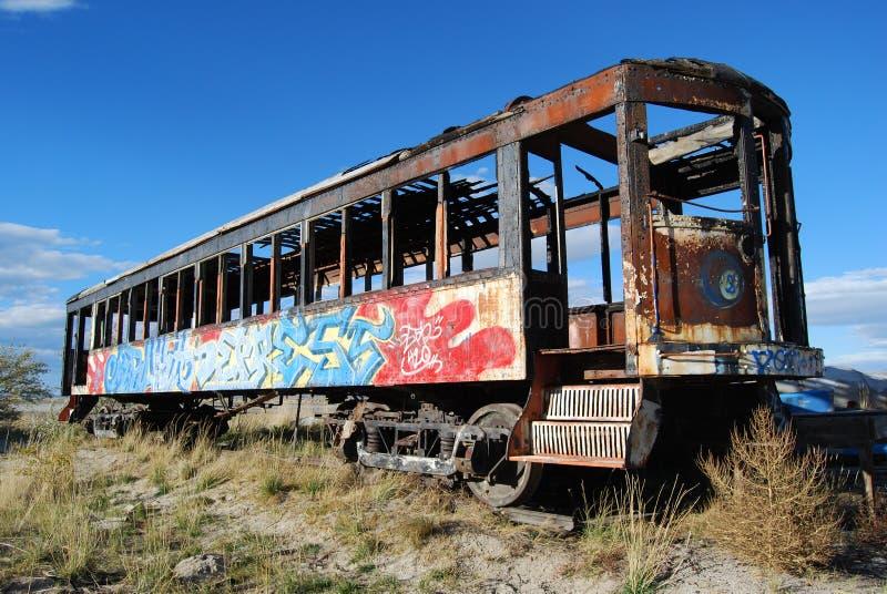 Graffiti sur le véhicule de train images stock