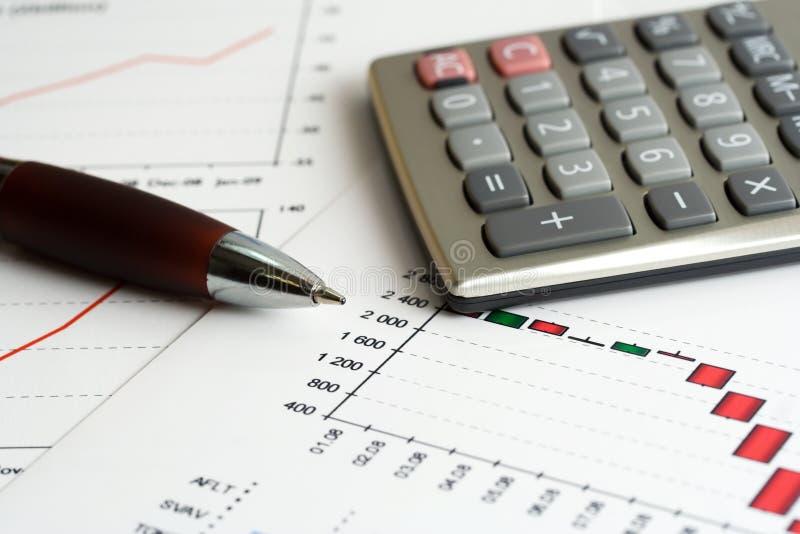 Grafici del mercato azionario. fotografie stock
