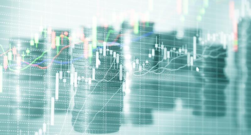 Grafici di riserva delle monete Grafico di commercio del mercato azionario e grafico del candeliere Concetto di investimento fina immagini stock libere da diritti