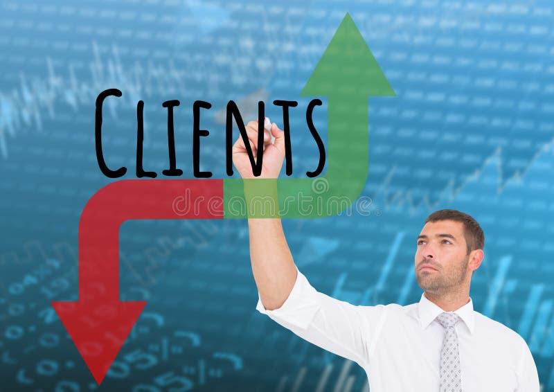 Grafico del disegno dell'uomo d'affari circa i clienti con le frecce rosse e verdi Fondo del mercato azionario immagini stock