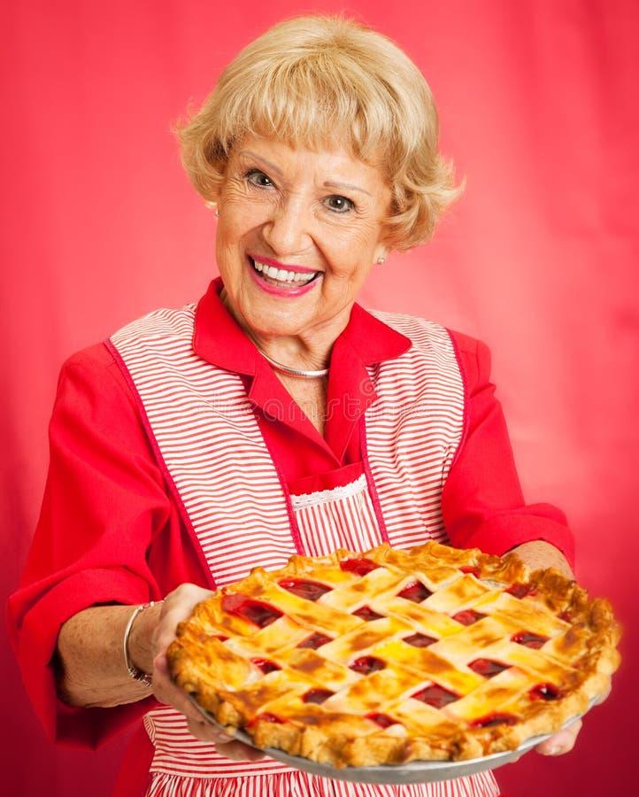 Grafico a torta casalingo della ciliegia delle nonne fotografia stock