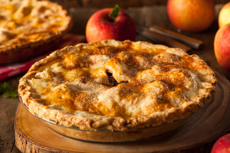 Grafico a torta di mela casalingo fresco fotografia stock