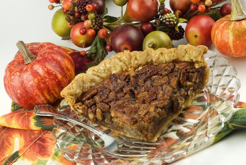 Grafico a torta di pecan casalingo di autunno fotografia stock libera da diritti