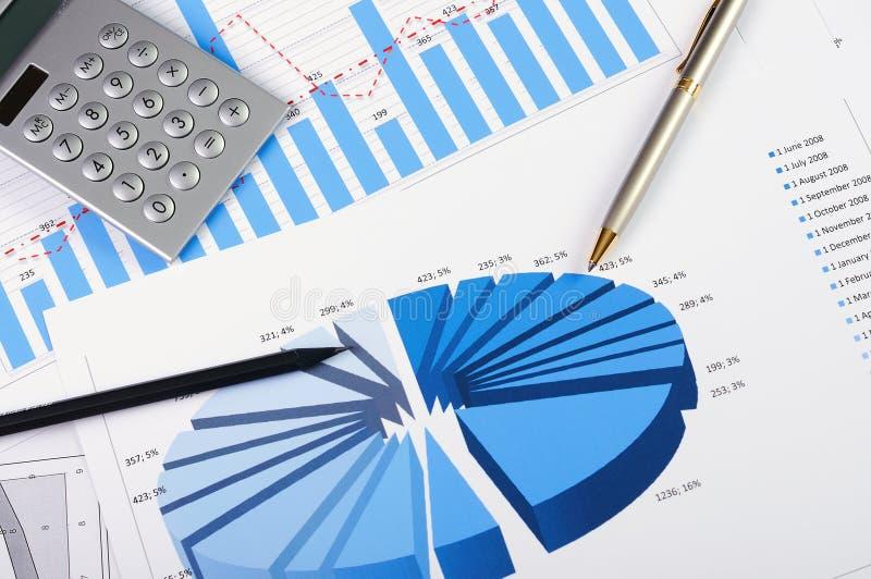 Grafieken en grafieken van verkoop stock foto